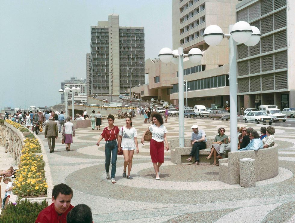 השקת הטיילת החדשה, 1984 (צילום: יוסף ליאור)