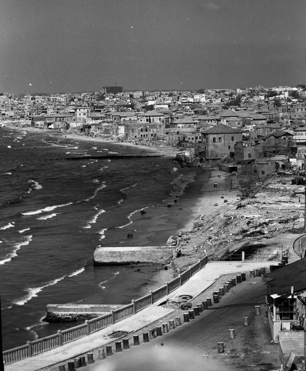בין תל אביב ליפו, 1964 (צילום: וילי פולנדר)