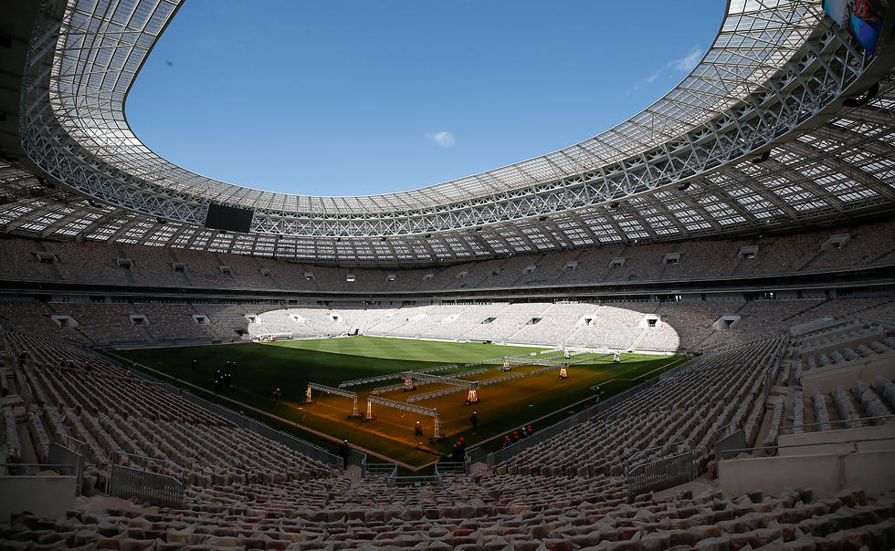 אצטדיון לוז'ניקי במוסקבה. המונדיאל יכול לשנות את רוסיה לטובה? (צילום: רויטרס) (צילום: רויטרס)