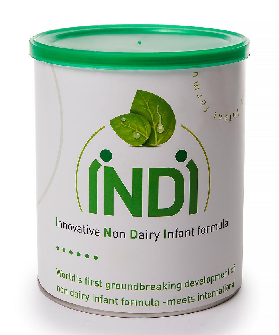 """""""אחרי שזה עבד והכל היה בסדר התחלנו לבחון ברמה המדעית"""". פורמולה לתינוקות ללא חלב וללא סויה (צילום: יח""""צ) (צילום: יח"""
