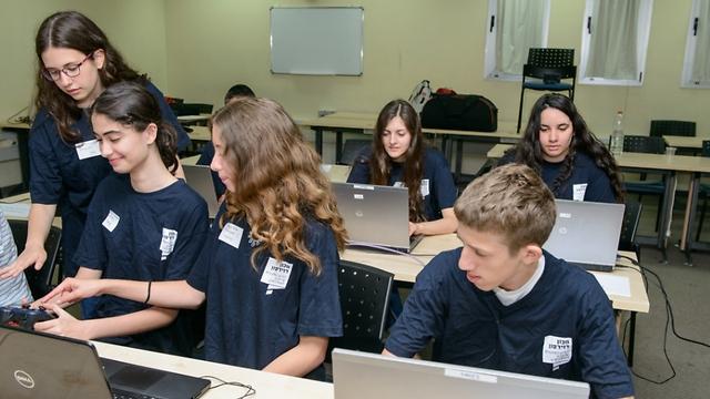 פרויקט אסטונאוטים צעירים במכון דוידסון. ארכיון (צילום: אוהד הרכס) (צילום: אוהד הרכס)