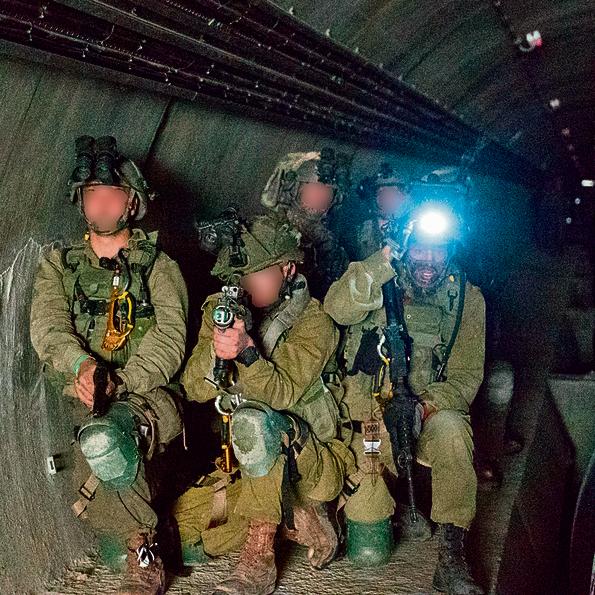 מתחפרים | החיילים תירגלו לחימת קרקע בשטח בנוי ופתוח ופשיטות על יעדים מגוונים