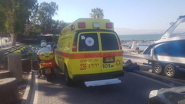 """צוותי מד""""א ומשטרה הוזעקו לסייע בחיפושים בכינרת (צילום: צביקה לבל, מד""""א) (צילום: צביקה לבל, מד"""