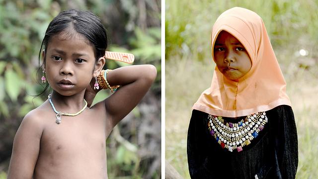 """מימין: בת השבט שהתאסלמה. משמאל: בת """"אורנג רימבה"""" ממחנה הלא-מתאסלמים (צילום: AFP) (צילום: AFP)"""