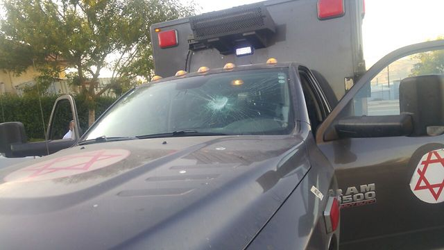 The IDF ambulance attacked by the Yitzhar youth (Photo: IDF Spokesman's Office)