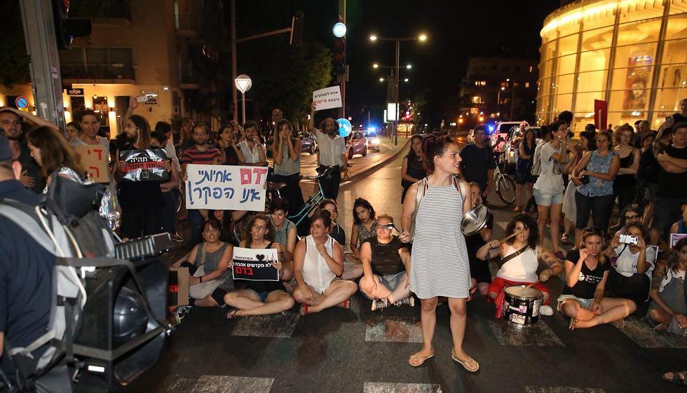 Habima Sq. in Tel Aviv (Photo: Motti Kimchi)