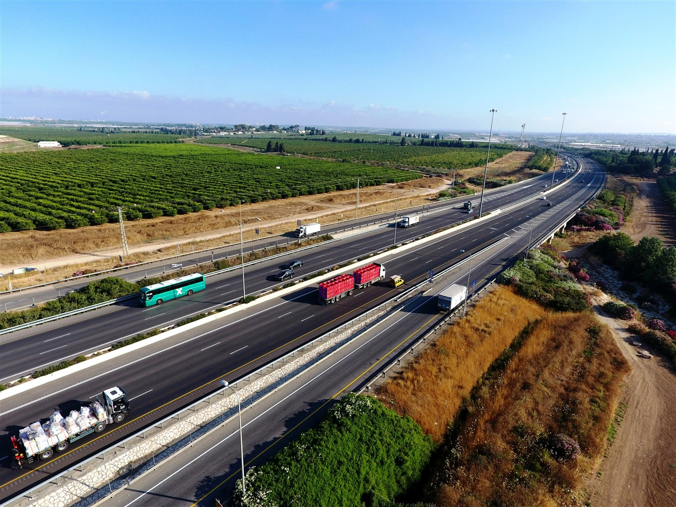 כביש 6 (צילום: דב גרינבלט, החברה להגנת הטבע)