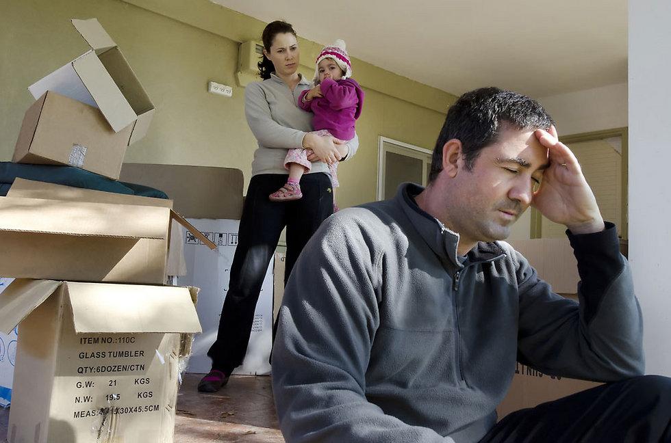ב-80% מהמקרים הזוג עובר בעקבות עבודתו של הגבר (צילום: shutterstock)
