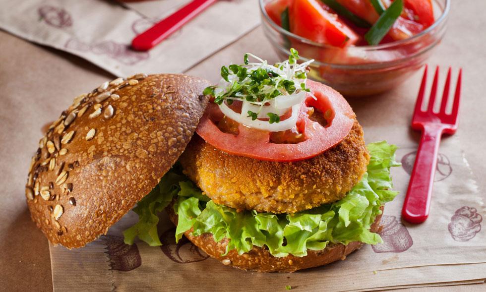 המבורגר טונה (צילום: בועז לביא, סגנון: עמית דונסקוי)