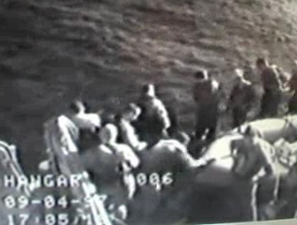 The Shayetet commandos landing on the Lebanon beach (Photo: Courtesy of Channel 10)