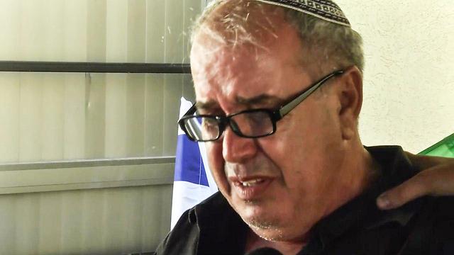 """דוד מלכא, אביה של הדס ז""""ל, היום בגבעת עזר (צילום: רועי עידן)"""