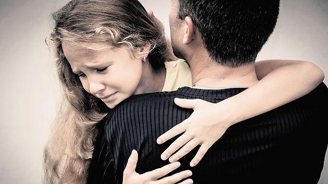 לא לגדול כדי לא לאבד את אהבת ההורים. הפרעות אכילה (המחשה: ShutterStock) (המחשה: ShutterStock)
