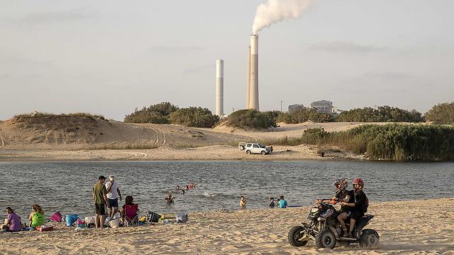 תחנת הכוח באשקלון (צילום: AFP) (צילום: AFP)