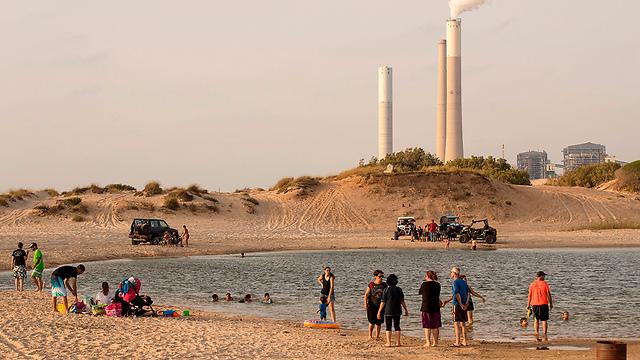 Трубы электростанции в Израиле. Фото: AFP