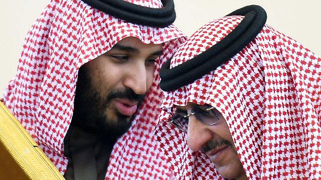 Наследники - старый и новый. Фото: AFP