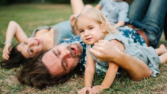 הילדים הם חלק אינטגרלי מהקשר שלכם בפרק ב' (צילום: Shutterstock) (צילום: Shutterstock)