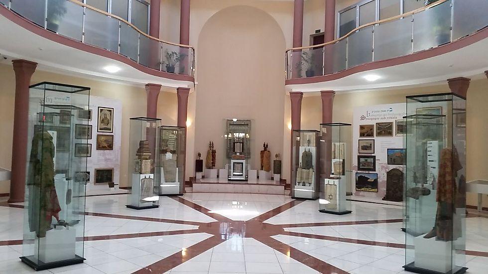 """""""מוזיאון דוד באזוב לתולדות יהודי גאורגיה"""". שם ארוך למוזיאון מכובד"""