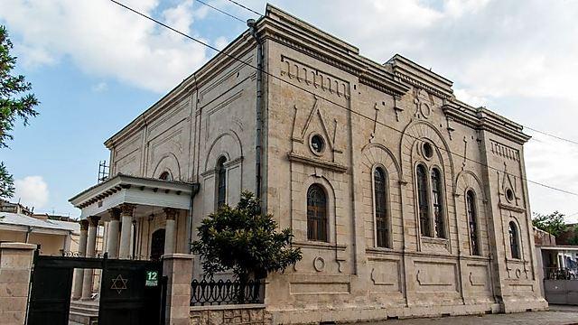 בית הכנסת הגדול והמפואר של העיר קותאיסי. בעבר הרחוק הייתה זו הבירה הגאורגית, והקהילה היהודית שם הייתה הגדולה במדינה