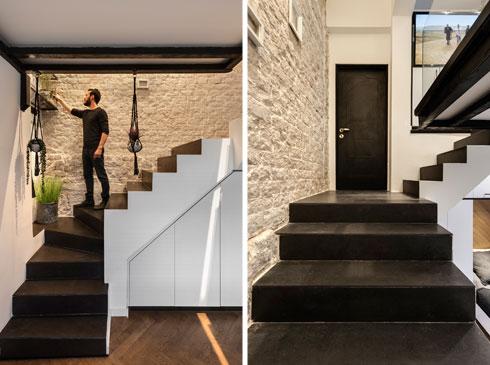 מימין דלת הכניסה, שממנה מתפצלות מדרגות מעלה ומטה (צילום: עודד סמדר)