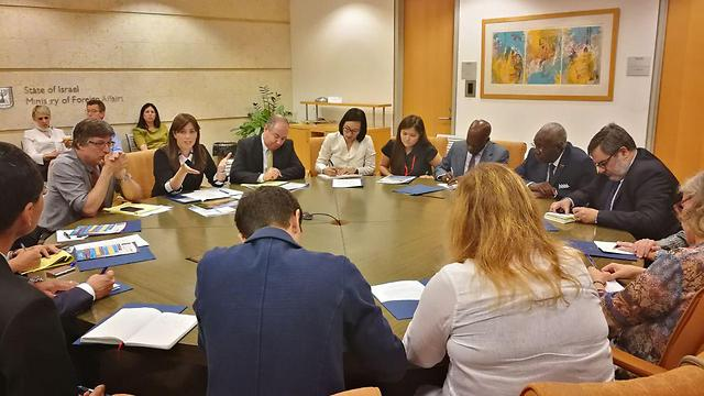 Deputy Foreign Minister Hotovely briefs foreign ambassadors ahead of the UNESCO vote.