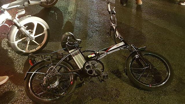 רוכבת נפצעה קשה בתאונה בתל אביב, בחודש שעבר  (צילום: אבי חי) (צילום: אבי חי)