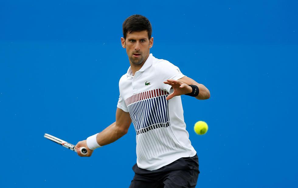 בפאניקה? נובאק ג'וקוביץ' בטורניר איסטבורן (צילום: רויטרס) (צילום: רויטרס)