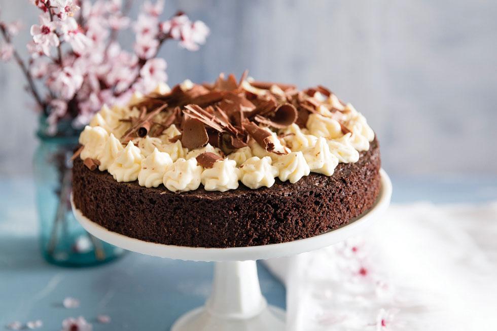 עוגת שוקולד קלה (צילום: יוסי סליס, סגנון: נטשה חיימוביץ')