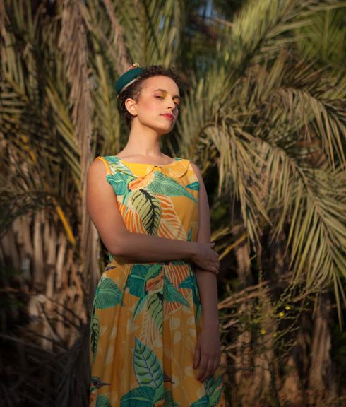 הבגדים עוצבו במיוחד עבור האחיות לוז, עם הדפסים צבעוניים ומקוריים של המאיירת הדס פרידלנד חיון (צילום: ויטלי פרידלנד)