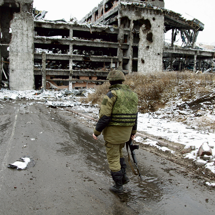 Donetsk's destroyed airport. 'People walk around with rifles and you don't know what they're thinking' (Photo: Sergey Averin, RIA Novosti)