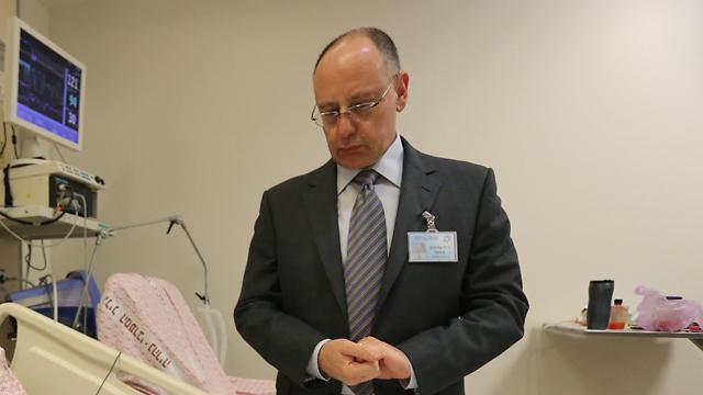 """מנהל בית החולים, ד""""ר מסעד ברהום (צילום: חגי אהרון) (צילום: חגי אהרון)"""