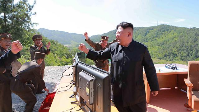 """קים ג'ונג' און. """"לא ננהל משא ומתן עם ארה""""ב על הנשק"""" (צילום: רויטרס) (צילום: רויטרס)"""
