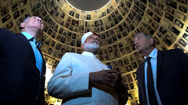 Modi and Netanyahu at Yad Vashem (Photo: AP)