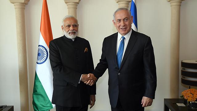 """ראש הממשלה נתניהו עם ראש ממשלת הודו מודי (צילום: חיים צח, לע""""מ)"""