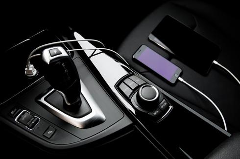 איכשהו, תעשיית הרכב עדיין לא הפנימה את מהפיכת הסלולר והסמארטפונים (צילום: Shutterstock)