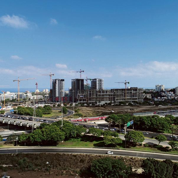 """פרויקט הרצליה הילס בשכונת הרצליה ב'. """"עירוב שימושים אופטימלי""""   יזם: אזורים עופר השקעות"""