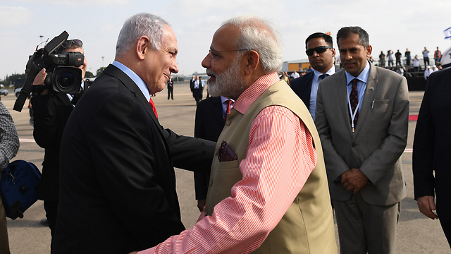 Netanyahu and Modi (Photo: Shaul Golan)