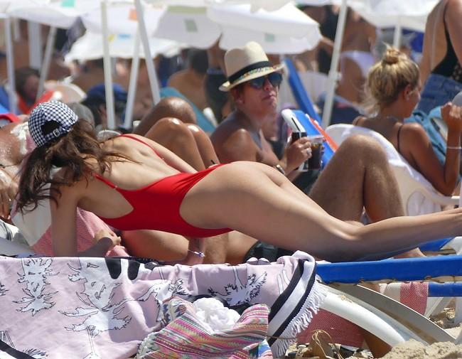 אמרנו כבר שאת הכי לוהטת בחוף? (צילום: אמיר מאירי)