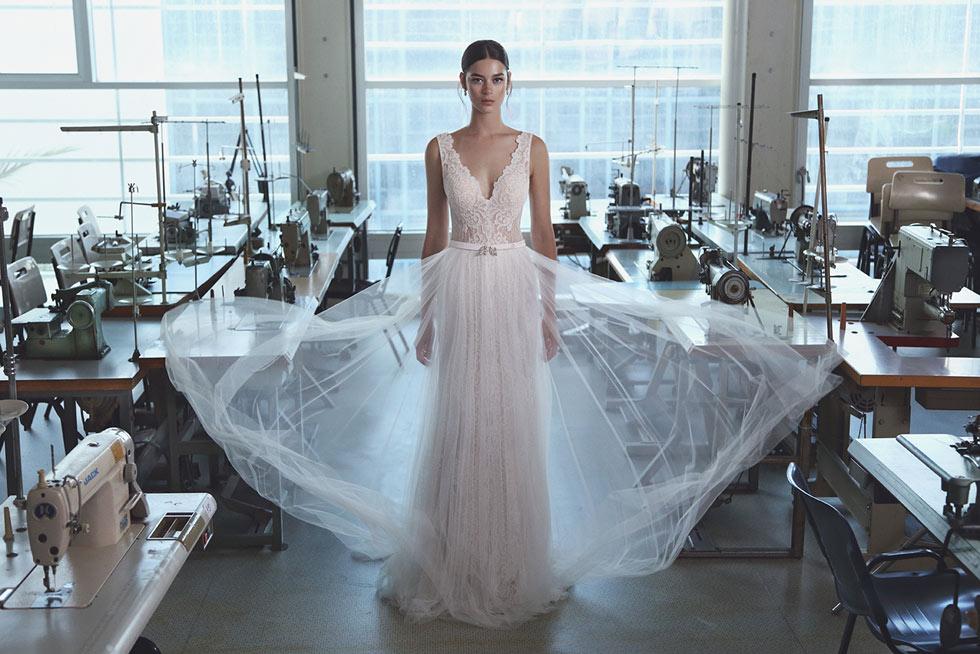 ליהי הוד. מכירת סאמפלים ושמלות כלה מיד שנייה בסטודיו של המעצבת  (צילום: אייל נבו)