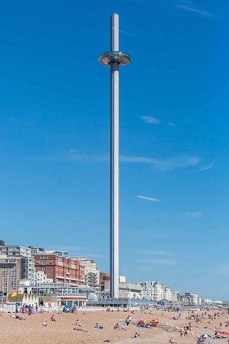 תצפית I360 בחוף ברייטון שבאנגליה