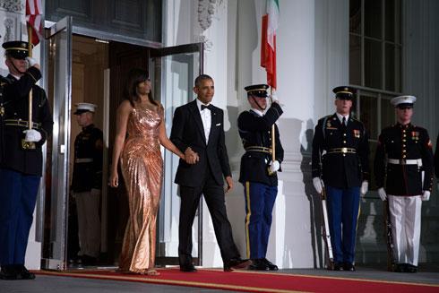 מישל אובמה בשמלה של ורסאצ'ה (צילום: Gettyimages)