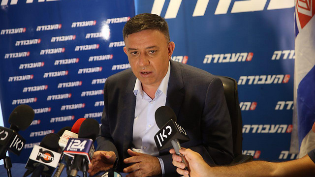 Gabbay speaking to the press (Photo: Motti Kimchi)