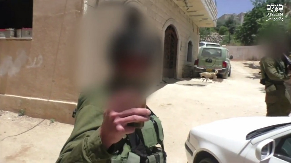 Soldier threatens to film the B'Tselem activist