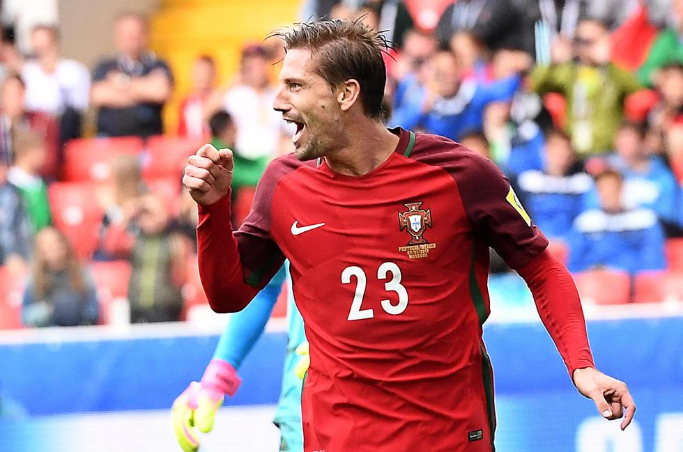 אדריאן סילבה בנבחרת פורטוגל. איפה הוא ואיפה מכבי חיפה (צילום: AFP)