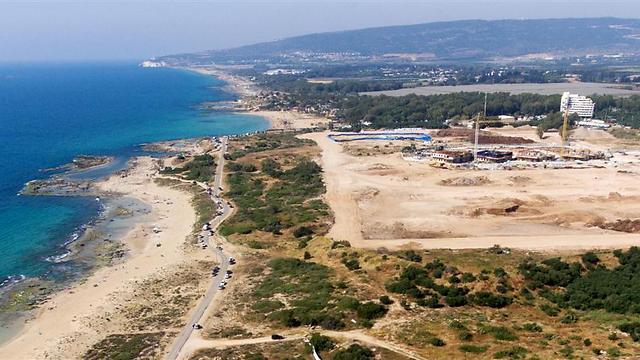 חוף אכזיב (צילום: ליאור חורש) (צילום: ליאור חורש)