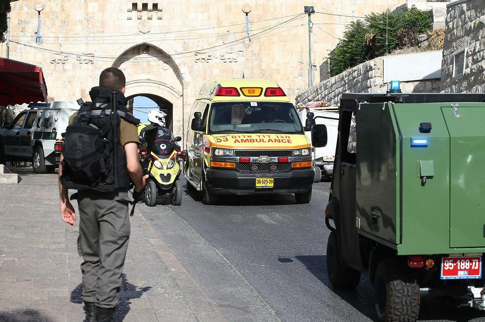Rescue services at Jerusalem's Old City, Friday (Photo: Ohad Zwigenberg)