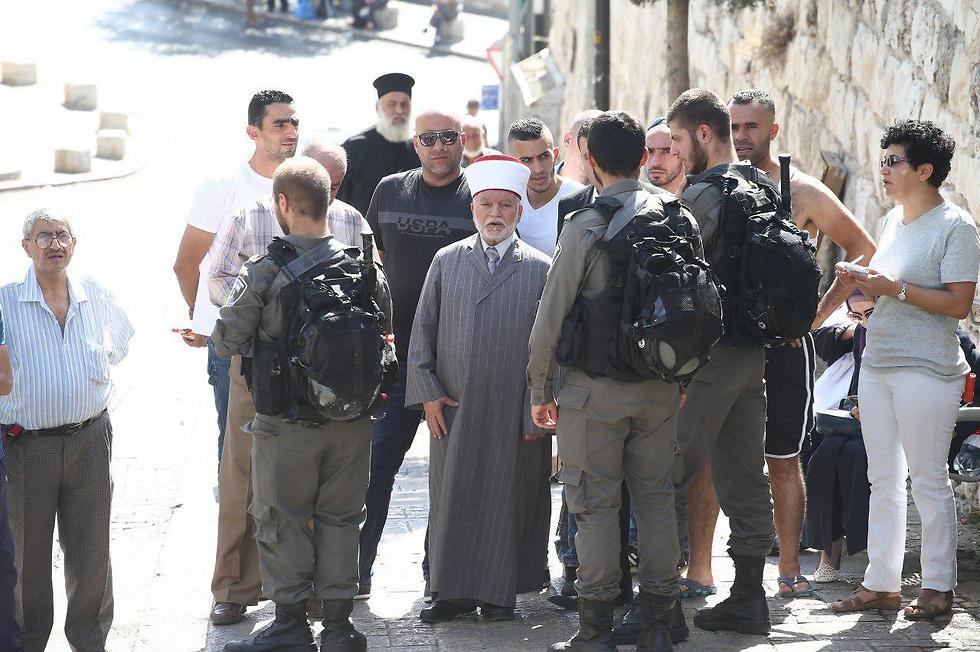 Муфтий Иерусалима был допрошен и сразу отущен. Фото: Охад Цвайгенберг