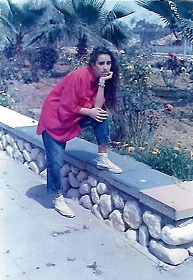 """חגית בתקופת הנעורים. """"בלעתי את תל אביב בעיניי"""" (צילום: אלבום פרטי)"""
