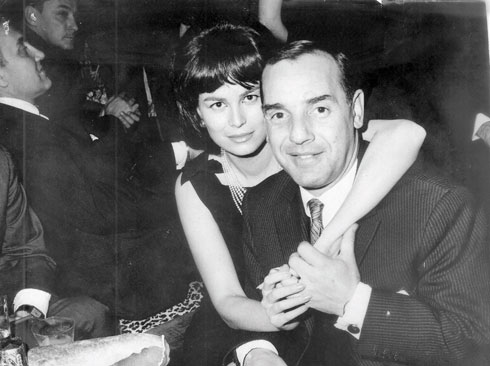 """עם הבעל השני, אלברט כהן. """"הייתי בשבילו מלכה"""" (צילום: אלבום פרטי)"""
