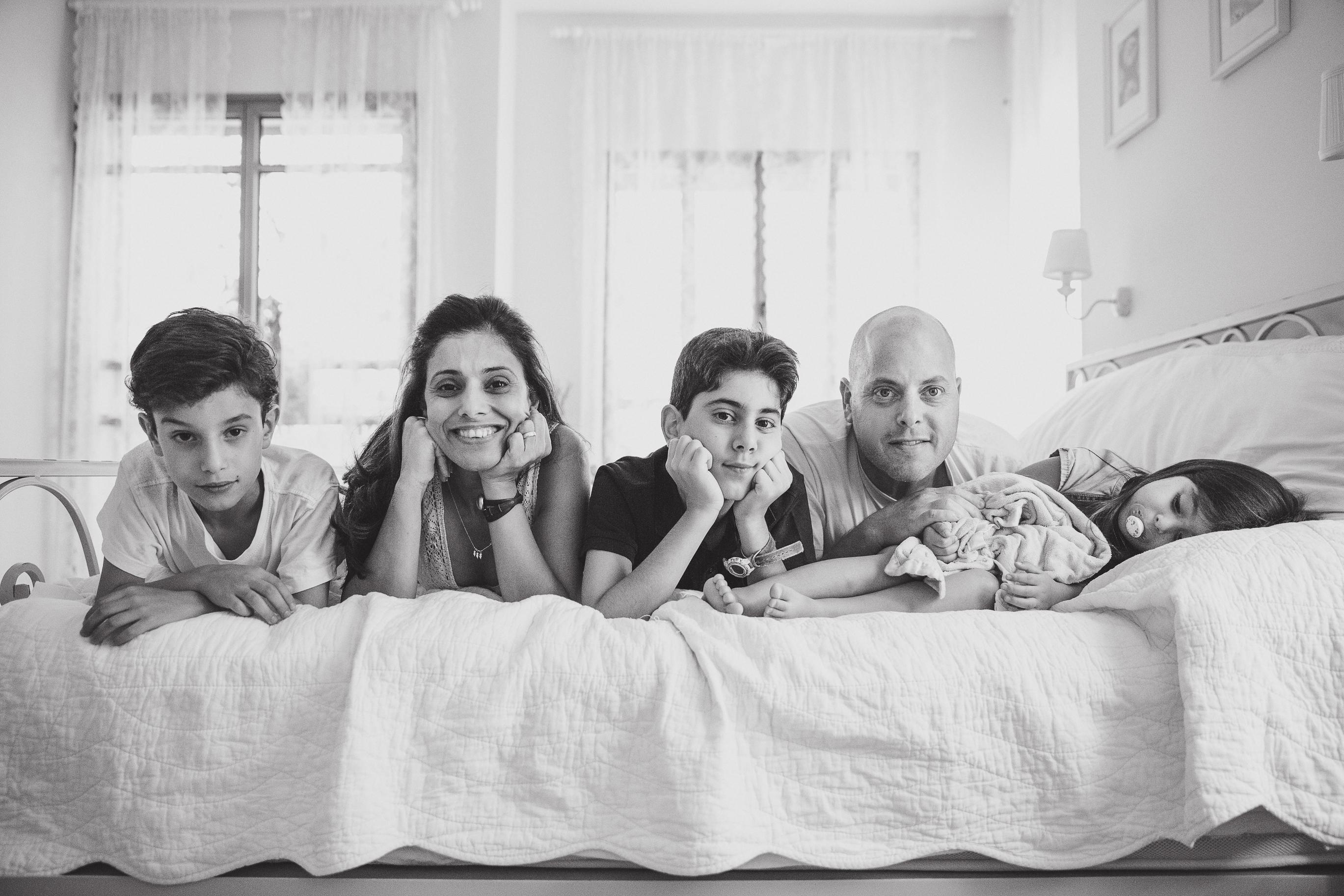 משפחת שכטמן (צילום: אלה סברדלוב קרן) (צילום: אלה סברדלוב קרן)