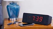 גאדג'ט ליד המיטה: שעון מעורר וגם חכם